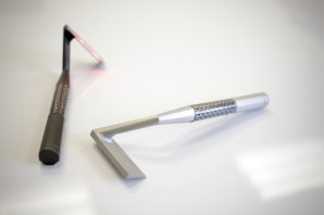 The Skarp Laser Razor:21世紀の髭剃り!いや剃らない、髭焼き!—INDIEGOGO